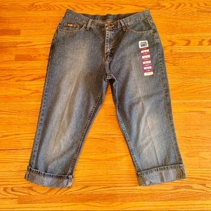 Rider By Lee Cuffed Capris Size 16M